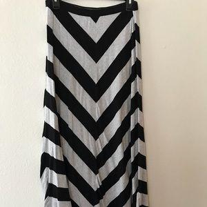 Small Lauren Conrad Stripe Maxi Skirt